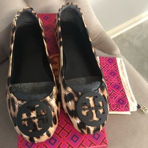 Tory Burch minnie travel flat leopard patent